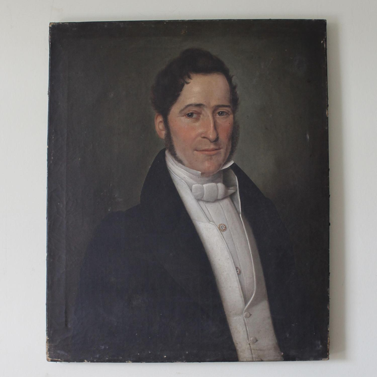 French Early 19th Century Portrait of a Gentleman